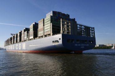 Brod sa kontejnerima za robu